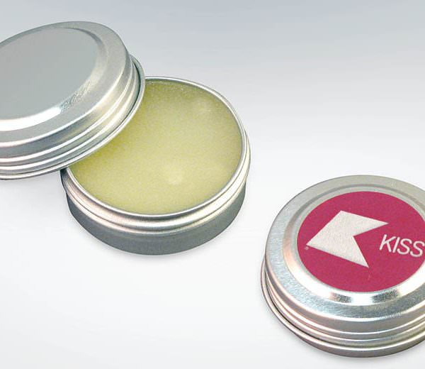 Lippenpflegebalsam in Dose aus recycletem Aluminium