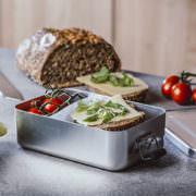 Lunchbox aus Edelstahl Symbolfoto